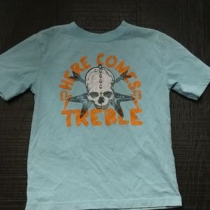Skull here comes treble t-shirt